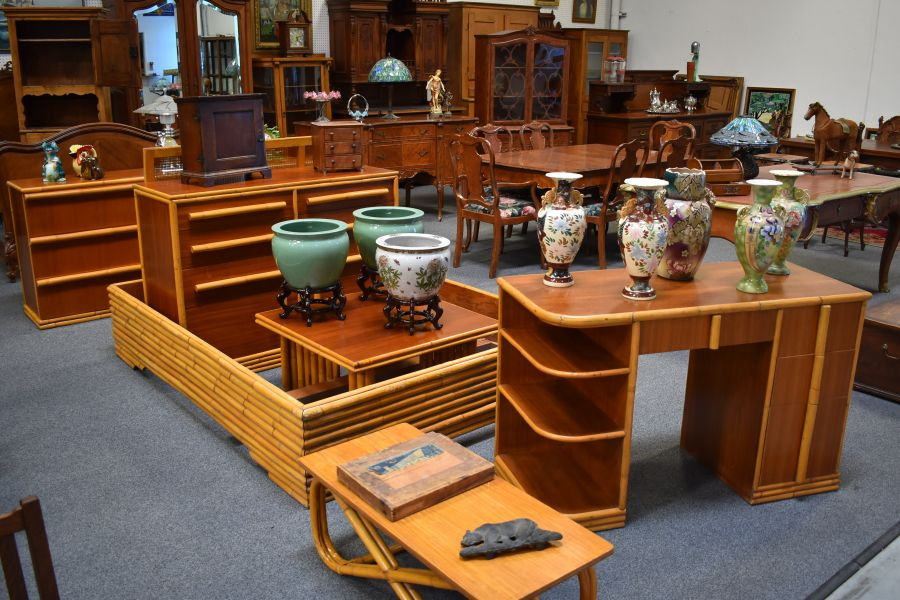 Redlands Antique Auction Upcoming Auction